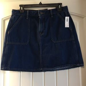 Old Navy denim skirt size 8 NWT